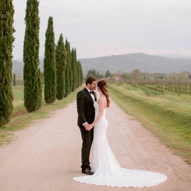 professional wedding photographers in Tuscany