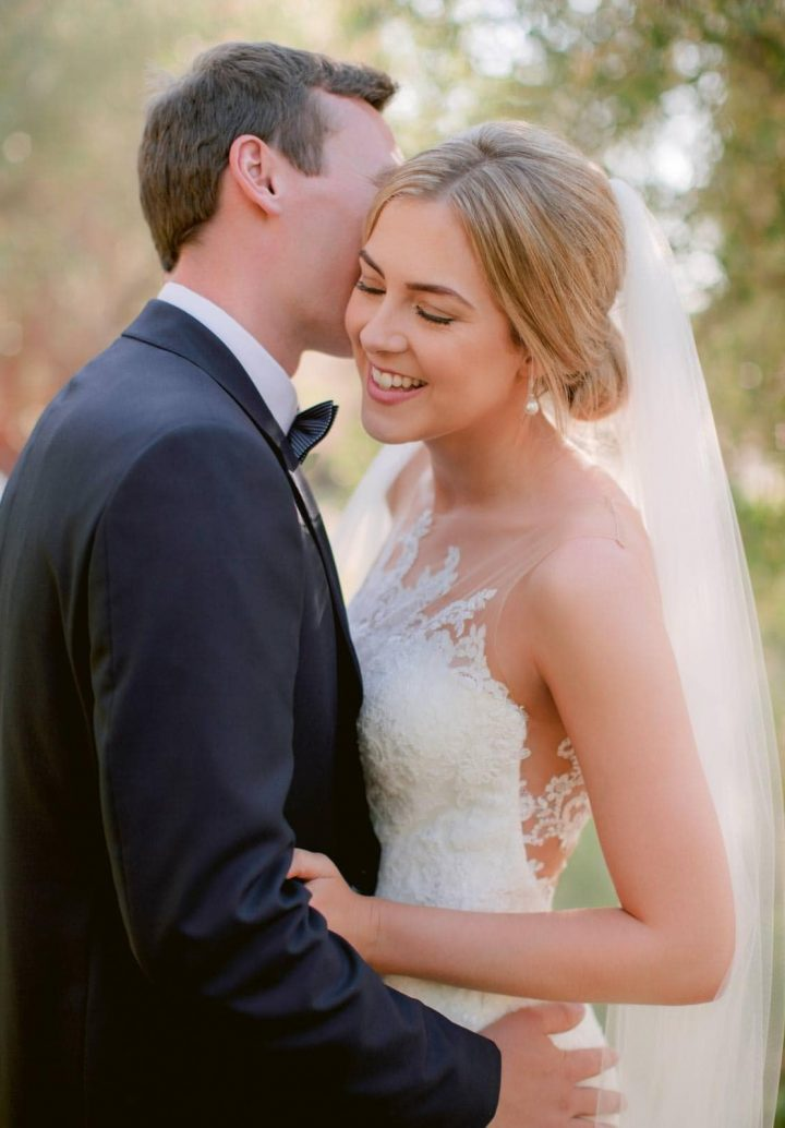 lovely bride and groom photo in Tuscany